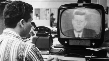 'Jeg opfordrer formand Khrusjtjov til at standse og eliminere denne hemmelige, hensynsløse og provokerende trussel mod verdensfreden.' Med disse ord indledte præsident Kennedy en verdensberømt tv-tale 22. oktober 1962 efter afsløringen af sovjetiske mellemdistanceraketter på Cuba