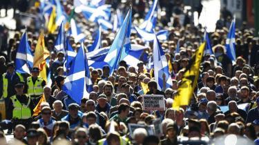 Blandt de europæiske separatistbevægelser er den skotske længst fremme. I 2014 skal skotterne stemme om løsrivelse fra Storbritannien. Ifølge en meningsmåling fra opinionsinstituttet Ipsos Mori går 35 pct. af skotterne ind for en løsrivelse.