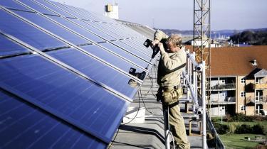 Med planen for tilskud til solceller på private hjem, vil vi kunne forsyne hele landet med strøm