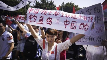 Den mest uforudsigelige og nyeste indflydelse på Kinas udenrigspolitik er den voksende nationalisme i den kinesiske befolkning, som via internettet og protester i gaderne presser centralgeringen, eksempelvis i sager om territoriale stridigheder.