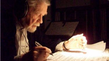 Axel Borup-Jørgensen var autodidakt komponist og komponerede helst værker, som var så vanskelige som muligt. Og så var han til det sidste en flittig koncertgænger