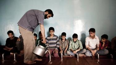 På tur. Et børnehjem i Den Tredje Verden – som her et drengehjem i Indien – har altid behov for flere ressoucer. Derfor er de frivillige fra Vesten velkomne. Men den flygtige trafik er ikke uproblematisk for børnene, som ofte i forvejen har svært ved at knytte sig til at andre.
