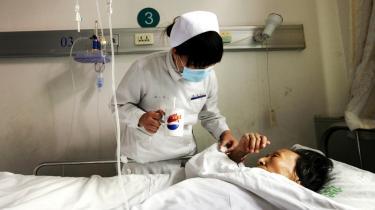 Forfriskende ny åbenhed eller blot propaganda? Kinas nye kommunistiske lederskab bruger den internationale aids-dag til at signalere mere åbenhed overfor civilsamfundet – et træk, der modtages både med optimisme og en stor portion skepsis