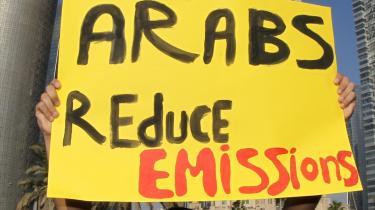 Demonstranterne er allerede på plads i Doha. I denne uge kommer også politikerne, og så begynder forhandlingerne for alvor.