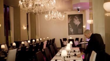 Transformation. Indtil for nylig husede lokalerne på Studiestræde 69 en natklub med natlige stripshow. Nu forsøger den argentinske restaurant Evita Perón at genskabe fordums luksus og spenderånd som i Bue-nos Aires' storhedstid.