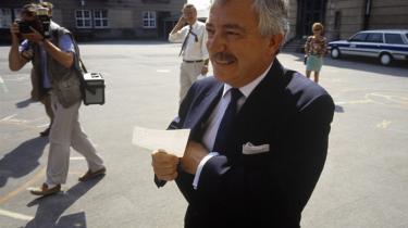 Tidligere udenrigsminister Uffe Ellemann-Jensen oplevede, at briterne var 'skide besværlige' og aldrig ville gå på kompromis i forhandlinger om EU.  Selv satte han et stort kryds ved 'Ja' ved unionsafstemningen 18. maj 1993. Arkiv