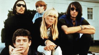 Enhver Velvet Underground-fans drøm har materialiseret sig i form af et super deluxe bokssæt af gruppens legendariske og uhørt stilskabende debutalbum, med alt hvad det indbefatter af alternative takes, liveoptagelser, demoer samt Nicos første solo-lp. Seks cd'er i alt. Såmænd