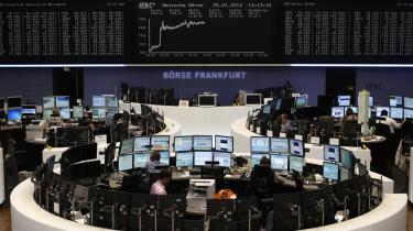Finansskatten vil give penge i satskasserne, men vil også bremse visse fantasifulde aktiviteter i den finansielle sektor. Her børsen i Frankfurt.
