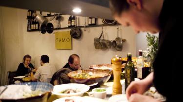 Niveau. Man for demonstreret at italiensk mad og vin generelt har et usædvanligt højt niveau og er samtidigt nede på jorden og uden så mange dikkedarer.