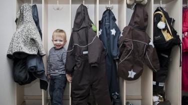 Danske børn er blandt de mest institutionaliserede i verden, og vi har bygget en myte op om, at det er godt for børnene, mener dagens kronikør, der ikke selv har mange gode erindringer fra sit institutionsliv.