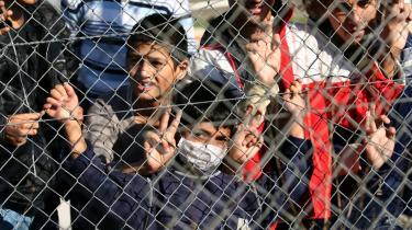 Den græsk-tyrkiske grænse ved Filakio er en af Europas yderposter. Også her militariseres grænsen for at stoppe ulovlig immigration. På billedet ses børn på et flygtningecenter i Filakio.