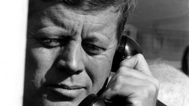 Man må forundres over, hvordan JFK, der ikke var en markant senator – som præsident udfyldte sit embede med kraft og visdom. Foto: Cecil Stoughton/JFK Presidential Library and Museum