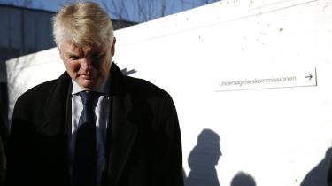 Peter Loft, forhenværende departementschef i Skatteministeriet, mødte i går op til afhøring i Skattesagskommissionen. Her understregede han, at både skatteministeren og dennes rådgiver var optaget af sagen om Stephen Kinnocks skatteforhold. Loft skal afhøres igen den 13. maj. Foto: Jens Astrup