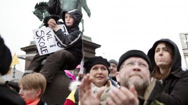 Københavns Politi skønner, at omkring 35.000 var mødt op til demonstrationen til støtte for de lockoutede lærere i går.