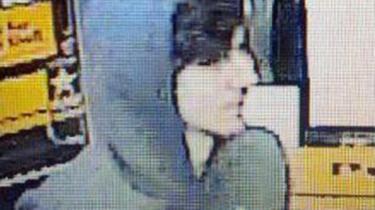 19-årige Dzhokhar Tsarnaev filmet på et overvågningskamera. Foto: Scanpix