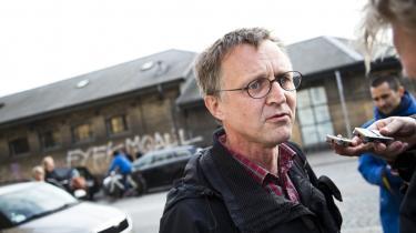 Manden med vandpistolen. Lockoutens forløb viste, at lærerformand Anders Bondo trods opbakningen fra egne rækker havde meget lidt at skyde med, da arbejdsgiverne besluttede sig for at bruge magt.