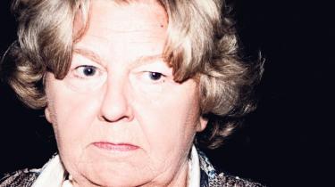 Det var ifølge departementschef Claes Nilas Birthe Rønn Hornbech, der var skyld i, at der gik næsten halvandet år, før Integrationsministeriet rettede ind efter FN-konvention om statsløse