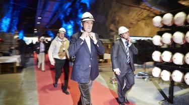 USA's udenrigsminister John Kerry besøgte bl.a. den svenske KLAB-mine under Arkisk Råds møde i Kiruna i går. Foto: Scanpix