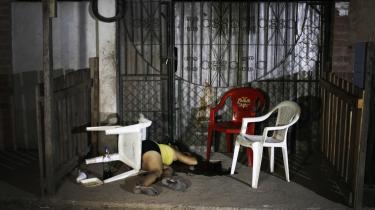 Endnu et mord i San Pedro Sula. Kvinden blev skudt af to mænd på en motorcykel den 20. marts.