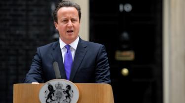 Storbritanniens premierminister, David Cameron, har krævet, at der flyttes kompetence tilbage fra EU til nationalstaten, og han har lovet briterne en folkeafstemning.