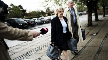 Tidligere integrationsminister Birthe Rønn Hornbech på vej til afhøring i Statsløsekommissionen, som senest udspurgte hende om et brev sendt til 'stm'