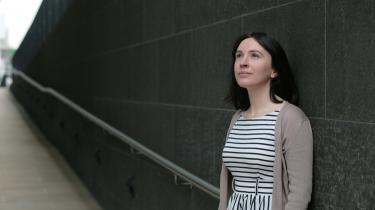 Det handler ikke om nye bestemmelser eller love, men om at ændre holdninger og adfærd, siger Kat Banyard. Og foreløbig har kampagnen ikke været uden succes, forklarer hun.