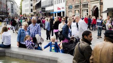 Bente Sorgenfrey, formand for FTF, finder det problematisk, at flere danskere nu får en ny type arbejdsløshedsforsikring. Det er en kendsgerning efter, at tre afdelinger af HK har lavet en aftale med forsikringsselskabet Alka.