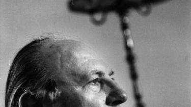 Imre Kertész beskriver et vilkår, en skæbne, ikke kun for de enkelte overlevende fra kz-lejrene, men også for det europæiske samfund, de vendte tilbage til.