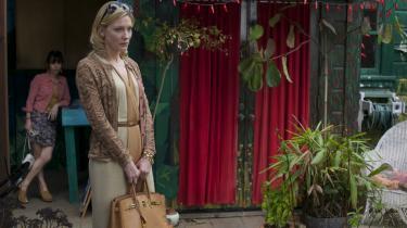 Cate Blanchett menneskeliggør en usædvanligt usympatisk kvinde i Woody Allens 'Blue Jasmine'.   Foto fra filmen: Scanbox
