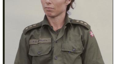 Anne-Sophie Eriksen har været udsendt til Kosovo og Afghanistan. Hun er kaptajn på Forsvarets sundhedstjeneste Center for Idræt, der udvikler kravene til soldaters træning.