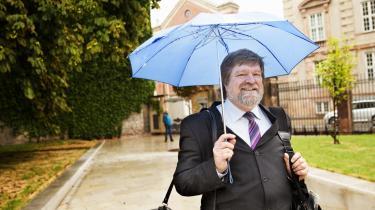Jørgen Dragsdahl fik byrettens ord for, at Bent Jensens beskyldninger mod ham var fremsat med urette. Nu skal landsretten forholde sig til sagen. Her ankommer Dragsdahl til Østre Landsret.