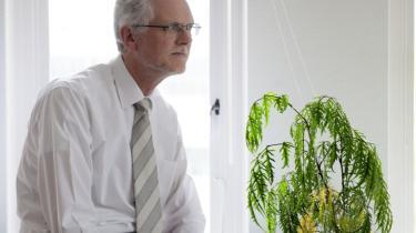 Jørgen Elmeskov er tidligere vicedirektør i OECD og ny rigsstatistiker i Danmarks Statistik. Og selv om hans gamle arbejdsplads opgiver Danmarks ledighed til 7,5 procent og hans nye opgiver samme til 4,5 procent, er der god mening i at have begge tal, mener statistikeren.