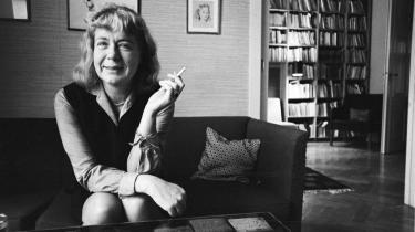 Det kan være overvældende at ramme den farlige alder, der er 60+. Heller ikke Tove Ditlevsen kunne udholde udsigten til at blive gammel og kunstnerisk uproduktiv. Hun blev kun 58, men skrev længe inden om uroen ved at ældes. Billedet her er fra 1967.