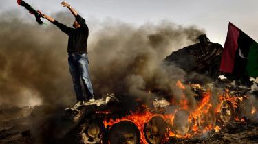 Markant færre fredsforskere optrådte i mediedækningen op til krigen i Libyen 2011 i forhold til mediedækningen op til Kosovo-krigen 1999. De militære kilder har fået mere plads og bliver ifølge ekspert oftest præsenteret som ekspertkilder, ikke partskilder – og dermed forsvinder en del af kritikken.