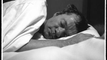 Søvn genoplader hjernen, men nu ved vi, at den også renses for affaldsstoffer, mens vi sover.