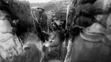 Af historiens mange meningsløse massemyrderier var Første Verdenskrig et af de største, og der er grund til at mindes, hvor galt det kan gå, når politikerne lader generalerne tage over. Foto: Scanpix