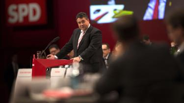 Under weekendens parti-kongres oplistede partiformand Sigmar Gabriel igen en række minimumsbetingelser for socialdemokratisk regeringsdeltagelse, herunder indførelsen af en mindsteløn på 8,50 euro.