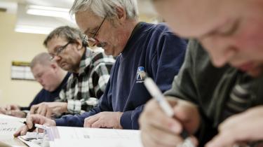 Ifølge FTF's undersøgelse var 47 procent af dem, der har fulgt et ordinært uddannelsesforløb som f.eks. et AMU-kursus, efter et halvt år i job. Arkiv