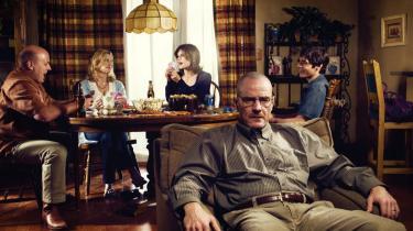 Er tv-on-demand 'fremtidens ånd'? Det mener en række branchefolk, der pointerer, at tv-kiggeri fremover vil blive en meget mere individualiseret oplevelse – lidt ligesom at læse en bog. Til gengæld vil fjernsynet i mindre grad blive midtpunkt for familiens sociale samvær. Billedet er fra den ekstremt populære serie 'Breaking Bad,' som mod betaling kan streames fra Netflix.com