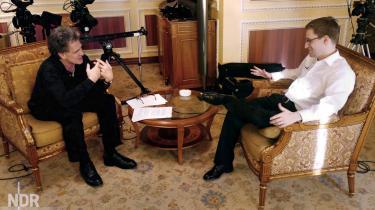 Edward Snowden trådte søndag aften frem for første gang i længere tid. I et interview med tysk tv kaster han lys over omfanget af NSAs overvågning og sin egen fremtid