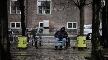 Trods regeringens udtalte mål om at nedbringe antallet af fattige danskere, er dette ikke sket, viser en ny analyse fra Kraka