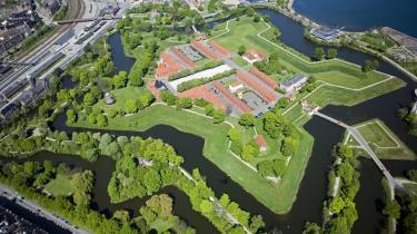 Danmarks helt eget NSA har til huse på Kastellet i København, skriver Jens Elo Rytter.
