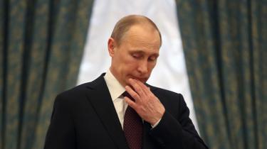 Vladimir Putins nationalistiske kurs over for Ukraine har mere end noget andet givet bingo i meningsmålingerne. Annekteringen af Krim indvarsler et helt nyt kapitel i Putins historiebog, vurderer eksperter