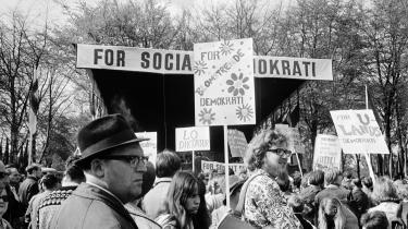 1. maj i Fælledparken 1968. Dengang var Socialdemokratiet en mægtig bevægelse, hvor man kunne leve fra fødsel til død.