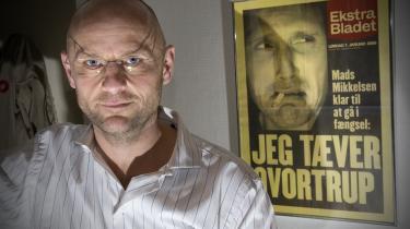 Henrik Qvortrup har på en uge oplevet en storm uden sidestykke på grund af Se og Hørs ulovlige adgang til kreditkortoplysninger, der begyndte i hans redaktørtid på ugebladet. Spisesedlen fra Ekstra Bladet er fra 2006.