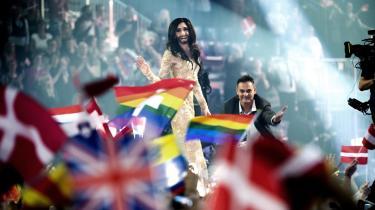 Conchita Wurst: Ikke just en upolitisk Melodi Grand Prix-vinder, uanset hvor gerne politikere og arrangører vil fremstille musikeventen som et apolitisk rum.