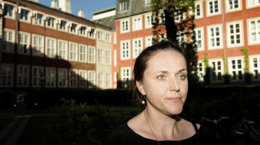Registrering af danskernes internetoplysninger er ikke brugbar, og minister ophæver omstridte regler