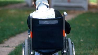 Gruppen af forældre til børn med handicap er et bredt udsnit af den danske befolkning, og deres sagsbehandling planlægges ud fra mistænkeliggørelse, skriver dagens kronikør.