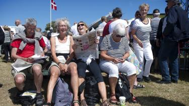 Torsdag den 12. juni 2014 blev Folkemødet på Bornholm officielt åbnet. Her venter publikum på at høre åbningstalen af statsminister Helle Thorning-Schmidt