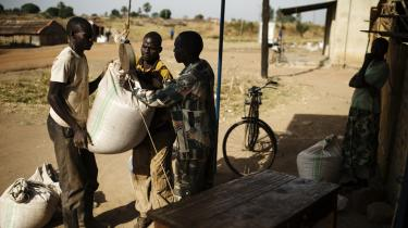 Fairtrade-mærket har til hensigt at sikre bønder og plantagearbejdere i Afrika, Asien og Syd- og Mellemamerika en mere rimelig pris for deres produkter.